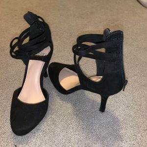 Black heels, super comfortable!